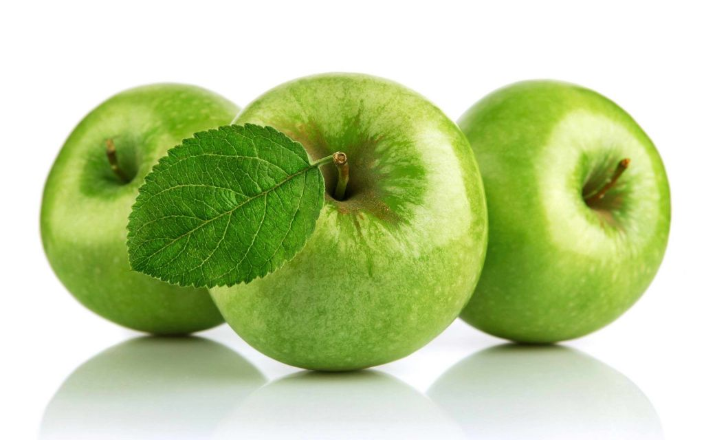 green-apple -with-leaf-pics-free-download.jpg
